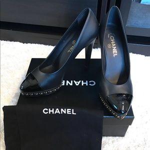 CHANEL Pumps Heels CC 2018 collect. chain platform